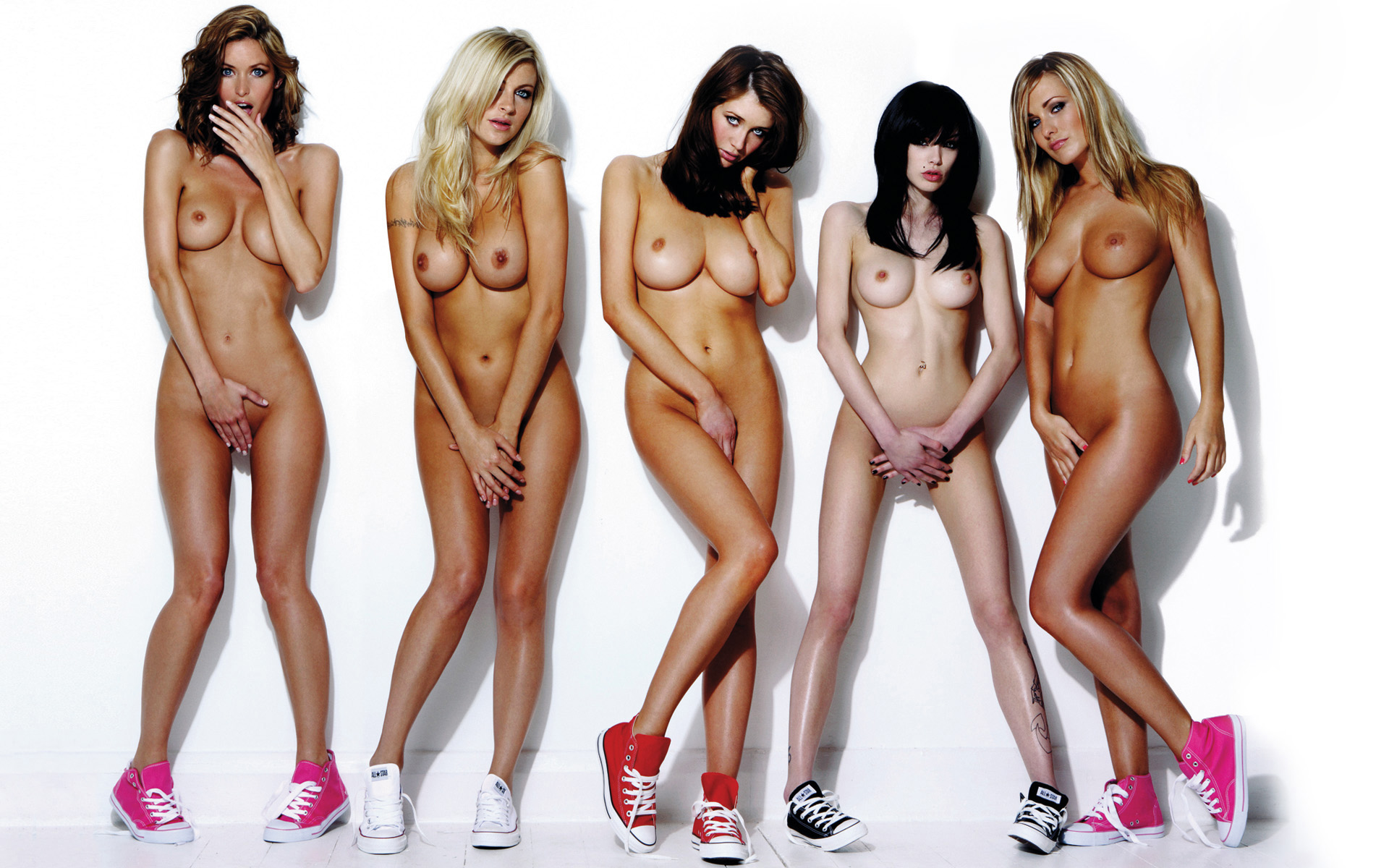 Page 3 girls nude groups